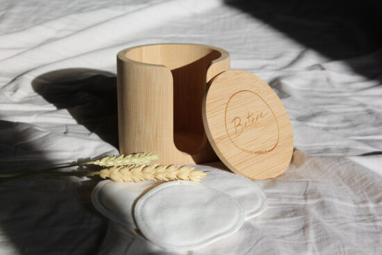 Opslagdoosje bamboe met Betere producten logo